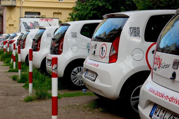 Wypożyczalnia samochodów osobowych – kiedy warto