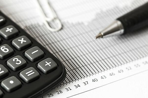 Czy warto wybrać profesjonalne usługi rachunkowe?