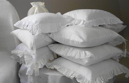 Kolorowe poduszki podróżne dla dzieci