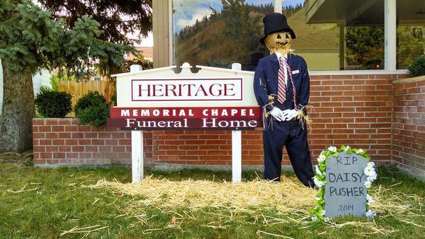 Jak dużą rolę odgrywają zakłady pogrzebowe w naszym życiu?