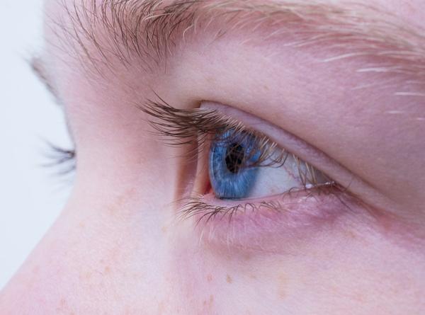 Produkty do nawilżania oczu