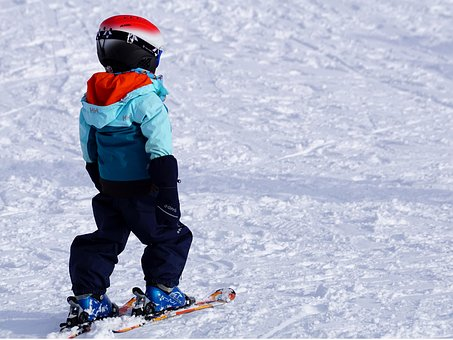Gdzie znaleźć szkółkę narciarską