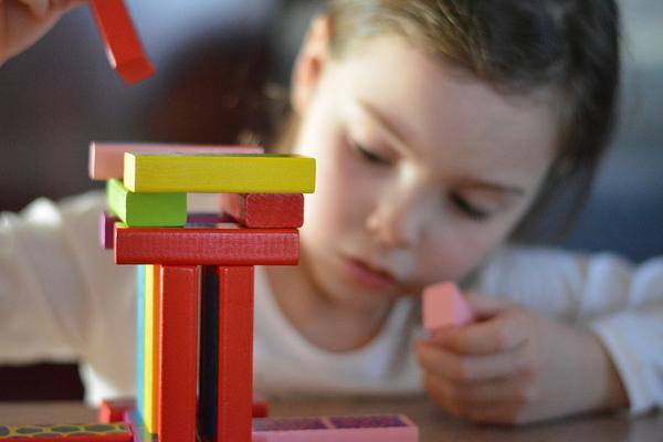 Zabawki rozwijające umysł