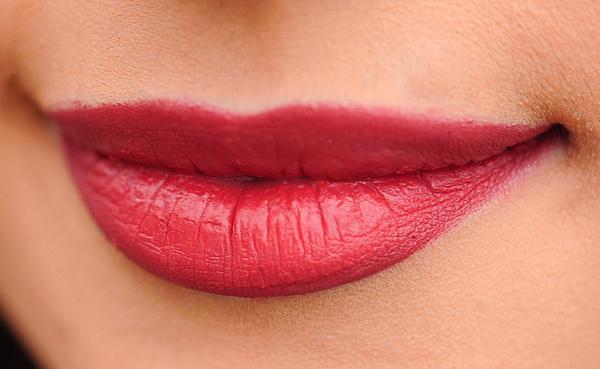 Skuteczne metody powiększania naszych ust
