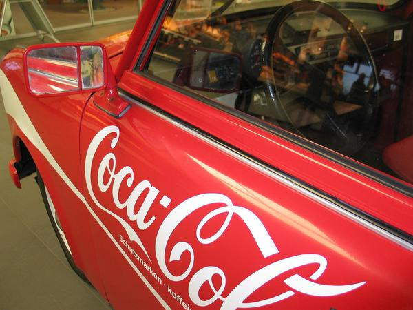 Reklamy na samochodzie