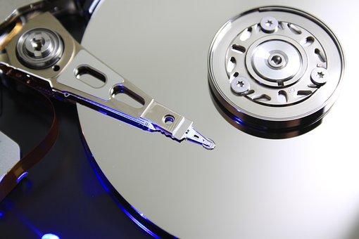 Ile kosztuje odzyskiwanie danych?