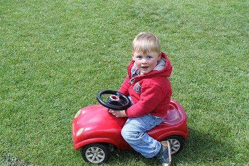 Auto dla rocznego dziecka