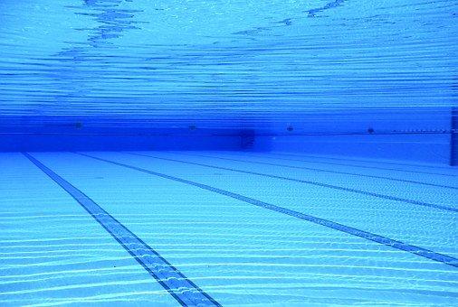 Praktyczne systemy zadaszeń basenowych