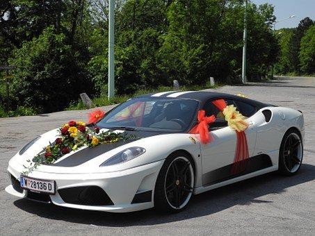 Korzystny wynajem samochodu na wesele w Białymstoku
